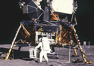 62045main_Buzz_and_Lunar_Module